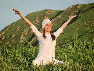 Кундалини йога в Алматы - yoga-antiage.kz